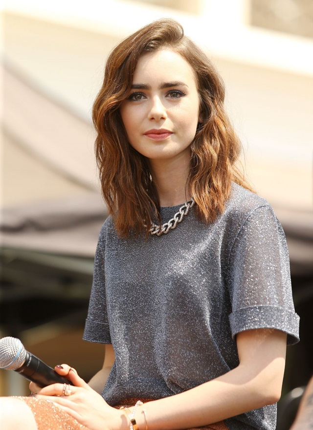 lily-collins-at-the-mortal-instruments-city-of-bones-meet-and-greet-in-glendale_2