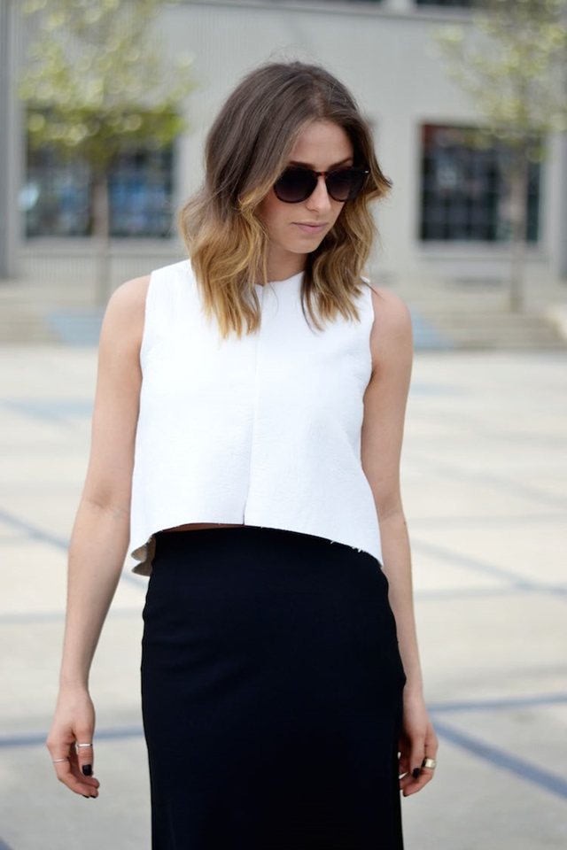 white-crop-top-zara-black-midi-skirt-mules-ombre-hair-the-august-diaries-top-vancouver-style-blog-fashion-blog-spring-outfit7