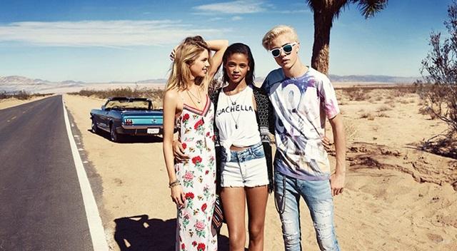 HM-Coachella-2015-TheLittleSecrets